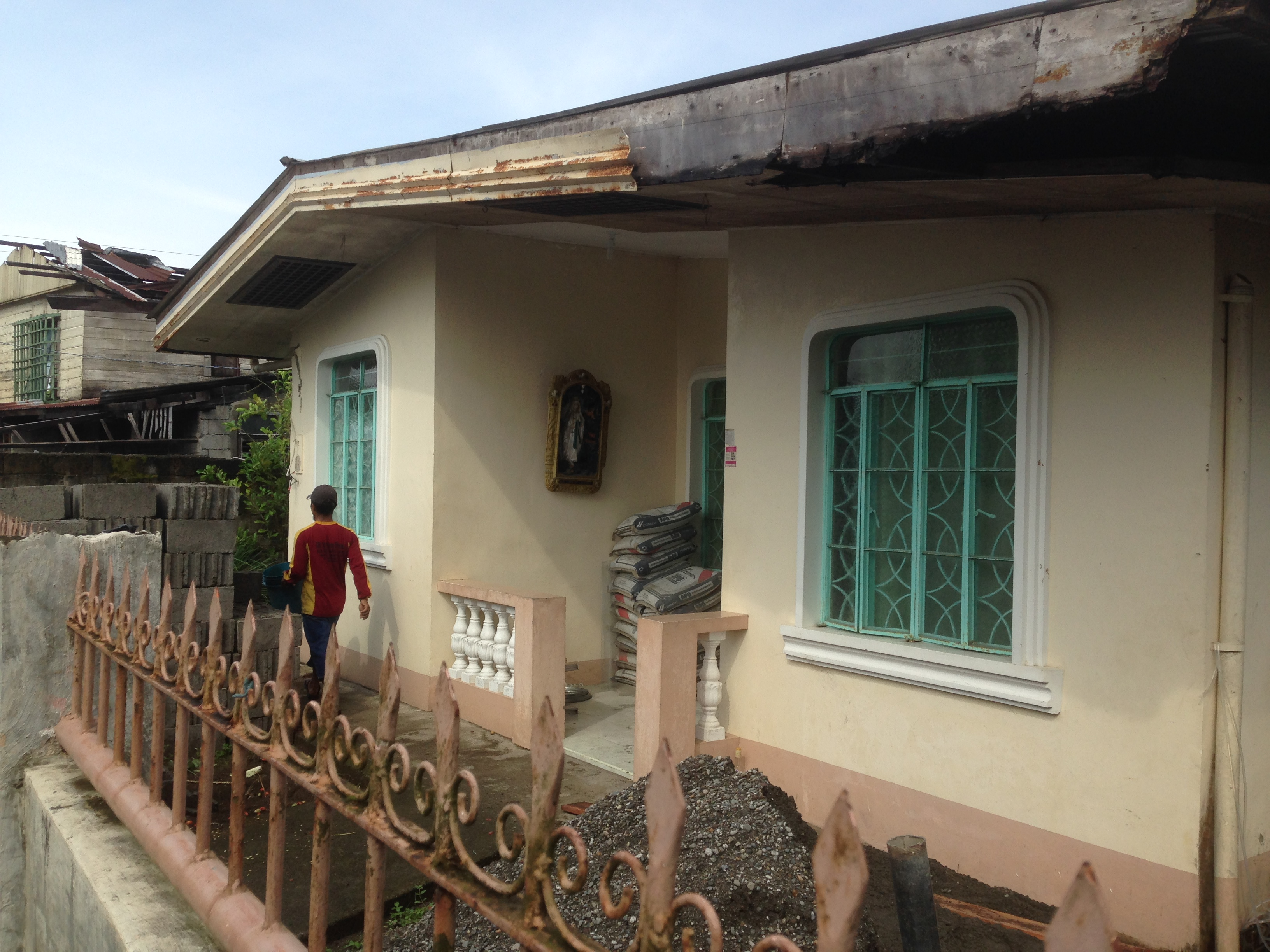Bumi Wadah Foundation Philippines, which will become Sai Maternity Clinic; building is being repaired